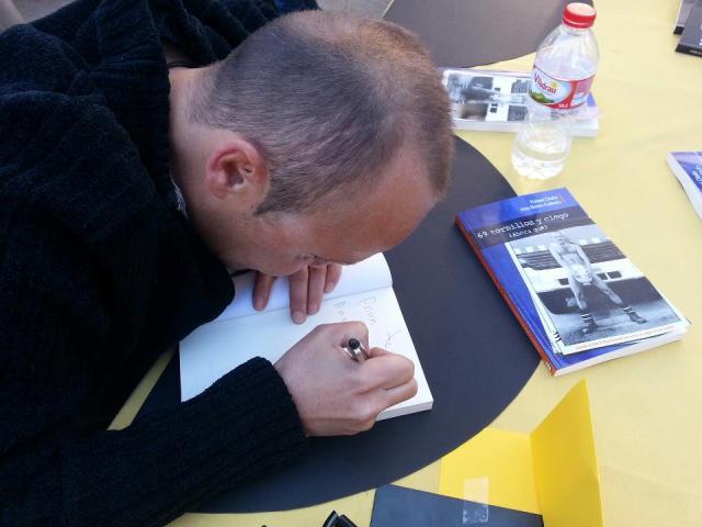 Sant Jordi 2013 Rafa firmando
